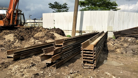 LATEXX SHEET PILE EXTRACTION